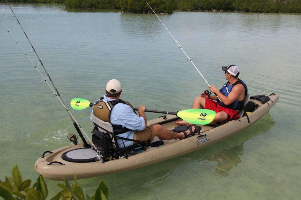 2-friends-fishing-on-a-kayak